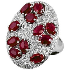 Oval Rubies and Round Diamonds Ring Pave and Prongs Set in 18 Karat White Gold