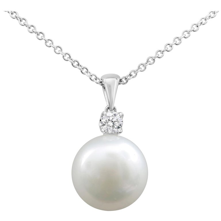 Pearl and Diamond Pendant Necklace For Sale