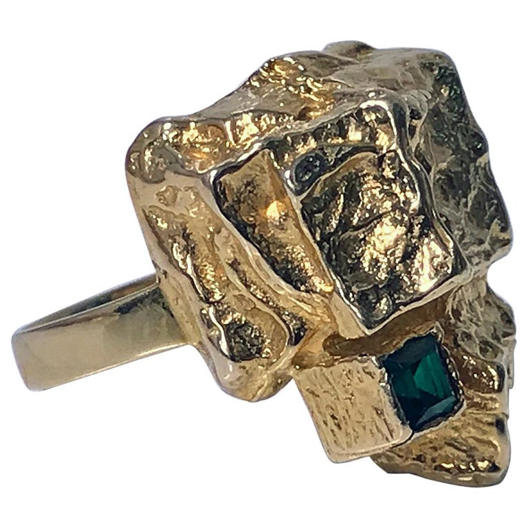 1970s Scandinavian Gold and Emerald Abstract Ring For Sale