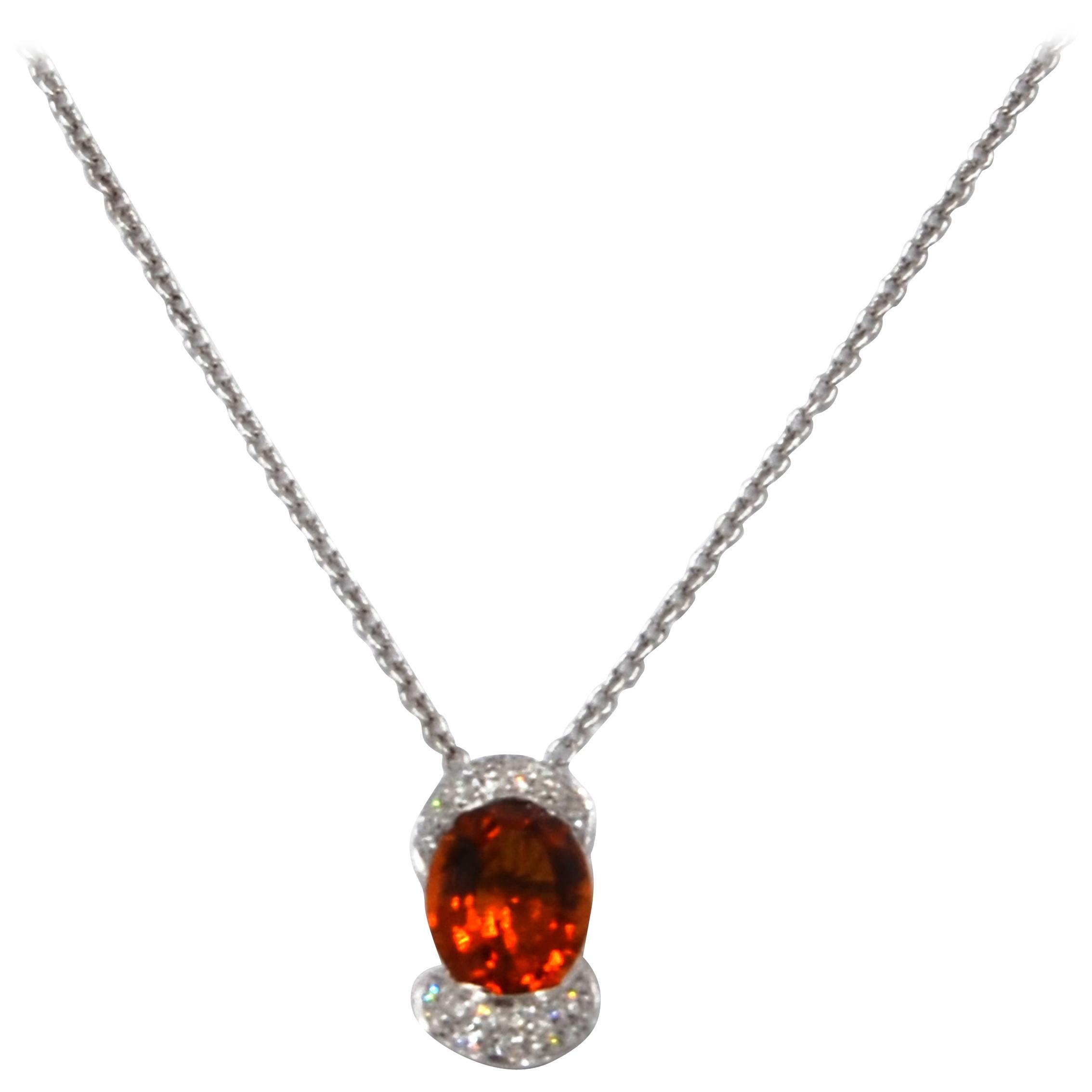 18 Karat White Gold White Diamonds Natural Citrine Garavelli Necklace