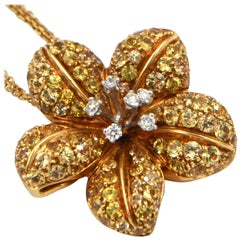 18 Karat Yellow Gold Diamonds and Yellow Sapphires Garavelli Flower Necklace