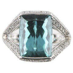9.00 Carat Indicolite Tourmaline and Diamond 18 Karat White Gold Ladies Ring
