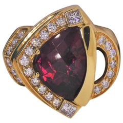 18 Karat Yellow Gold, Rubelite '5.70 Carat', Diamond '1.06 Carat' Ring