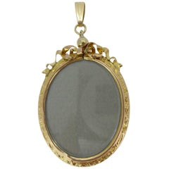 Antique Victorian Gold Picture Locket, circa 1890s