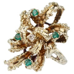 Brutalist 14 Karat Gold Emerald and Diamond Bow Form Cocktail Ring