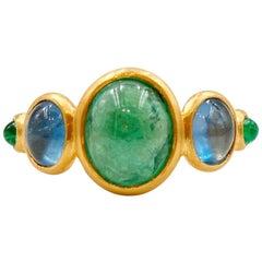 3.79 Carat Emerald Aquamarine Cabochons 22 Karat Gold Ring