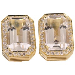 18 Karat Yellow Gold, Rutile Quartz 27.31 Carat and Diamond 1.91 Carat Earring
