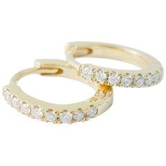 Mini 18 Karat Gelbgold Diamant Ohrring von Allison Bryan