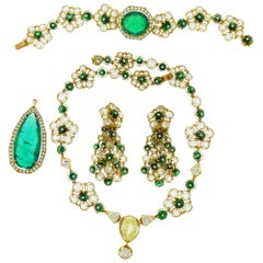 Diamond and Emerald 18 Karat Yellow Gold Suite by Alexandre Reza