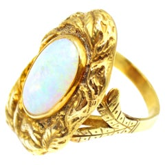 1970s Abstract Oval Opal Yellow Gold Ring