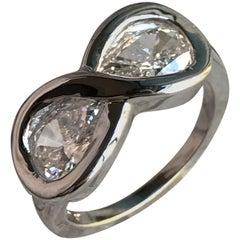 Ewigkeitsring mit 1,5 Karat birnenförmigen Diamanten, Ben Dannie
