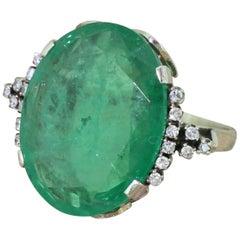 Retro 15.10 Carat Colombian Emerald 18 Karat White Gold Ring