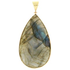 Labradorite 18 Karat Yellow Gold Pendant Necklace