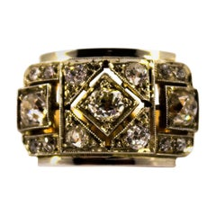 Renaissance Style 1.20 Carat White Diamond Yellow Gold Band Ring
