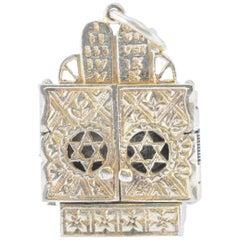 Solid 14 Karat Yellow Gold Star of David Locket Pendant with Torah 7.1g