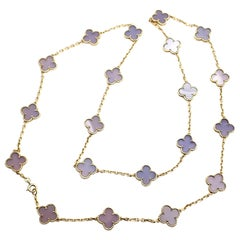 Van Cleef & Arpels 20 Lavender Chalcedony Alhambra Yellow Gold Necklace