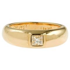 Chaumet Princess Cut Diamond 18 Karat Yellow Gold Band Ring