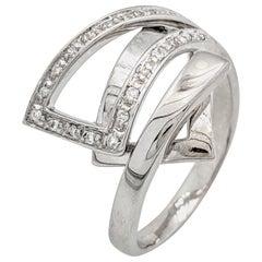 18 Karat White Gold Diamond Right Hand Ring
