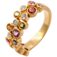 Colorful 0.54 Carat Sapphire and 0.17 Carat Diamond Cluster Band in 18K Gold
