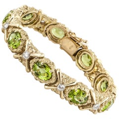 18 Karat Peridot and Diamond Yellow Gold Bracelet