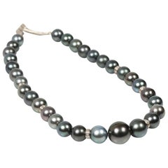 Tahitian Pearls, Diamonds and White Gold Necklace