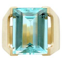 10.83 Carat Aquamarine and Yellow Gold Dress Ring