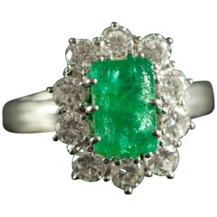 Natural 1.50 Carat Emerald 1 Carat White Diamond White 18 Karat Gold Ring