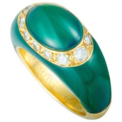 Van Cleef & Arpels Vintage Diamond and Chrysoprase Yellow Gold Bombe Ring