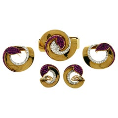 Invisibly Set of Ruby and Diamond 18 Karat Gold and Plat Boucheron Suite
