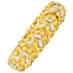 Vintage 6.24 Carat Diamond 18 Karat Gold Bracelet