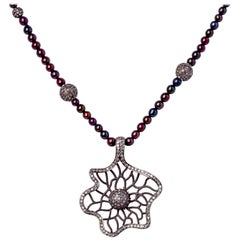 Abstract Floral Diamond & Silver Pendant Bead Necklace w Merlot Color Pearls