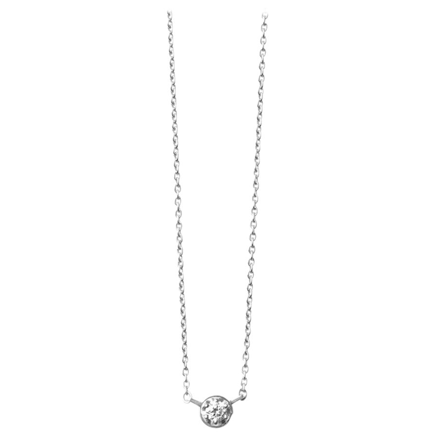 Platinum 900 0.1 Carat Diamond Necklace