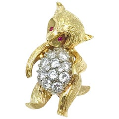 1.50 Carat Round Brilliant Diamond and Ruby Yellow Gold Dancing Bear Brooch