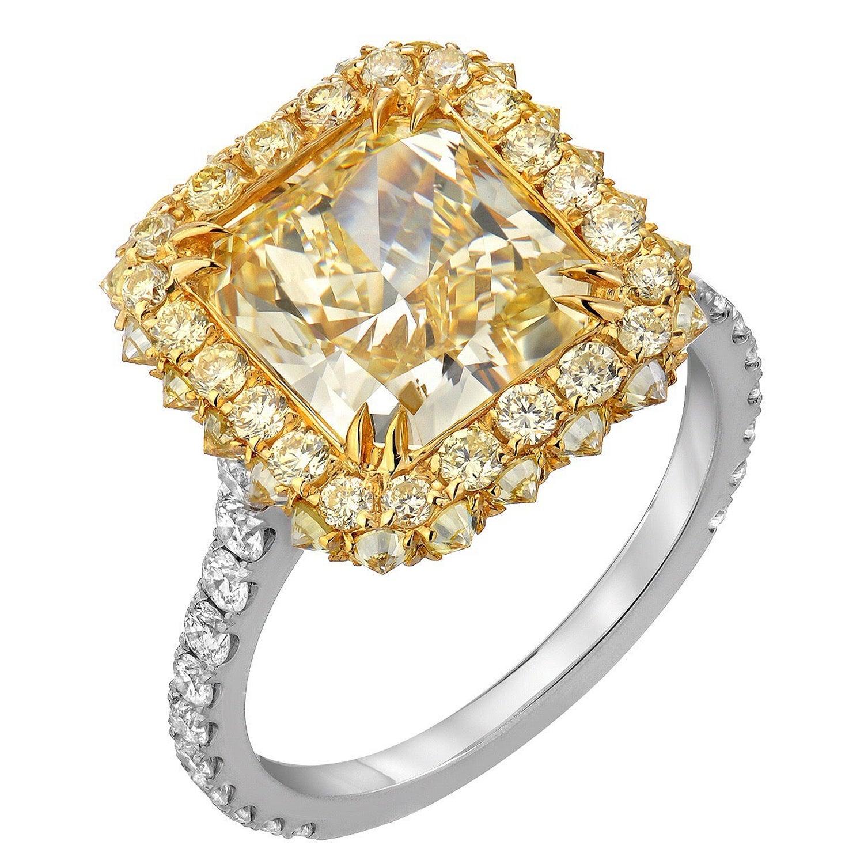 Yellow Diamond Ring Radiant Cut 3.78 Carat GIA Fancy Light Yellow Canary