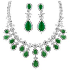 AGL Certified Colombian Emerald & Diamond Necklace & Earring Suite In Platinum