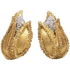 Diamond 18 Karat Gold Tulip Earrings