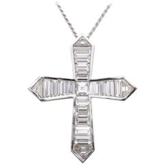 Graff Diamond 18 Karat White Gold Cross Pendant Necklace