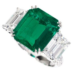 GRS-Certified 6.94 Carat Emerald and Diamond Engagement Ring