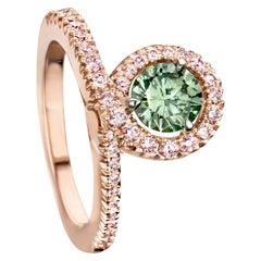 Joke Quick 18K Rose Gold Green and Fancy Pink Diamond entourage ring