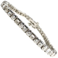 5.54 Carat Diamond Tennis Bracelet in 18 Karat White Gold by Diamond Town