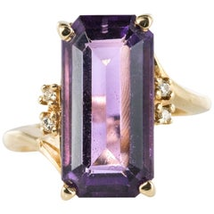 Modernist 1970s 4.80 Carat Amethyst Diamonds Ring