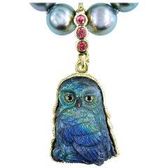 18 Karat Gold Spectrolite Owl Pendant