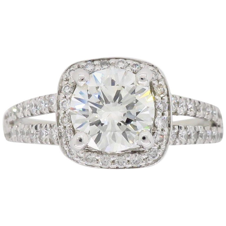 5a4070794 Scott Kay Diamond Halo Engagement Ring For Sale at 1stdibs