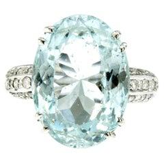 Vintage 5 carats Aquamarine Diamond Gold Ring