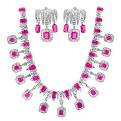 60 Carat Pink Sapphire and 25 Carat Diamond Necklace Suite 18 Karat, Bridal
