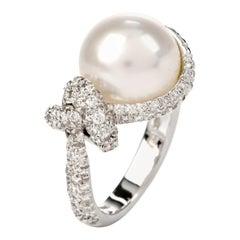 Mikimoto Pearl Diamond 18 Karat Gold Cocktail Ring