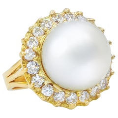 14mm white Pearl and Diamond Ring