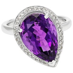 Giulians Contemporary 18k White Gold Amethyst 7.50ct and Diamond Cocktail Ring