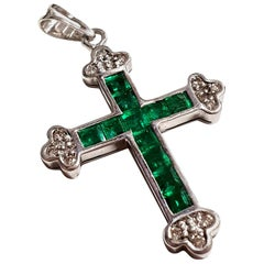 Vintage 18 Karat White Gold and Emerald Cross