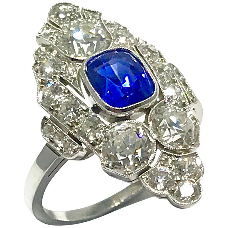 Natural No Heat Sapphire and Diamond Art Deco Platinum Ring For Sale